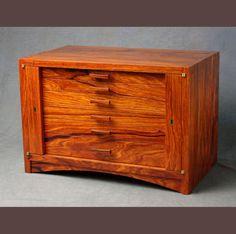 Locking Rosewood Jewelry Box