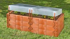 Sie haben keinen Platz für ein Gewächshaus, möchten aber trotzdem Ihre Jungpflanzen selbst anzüchten? Dann istdas Juwel Hochbeet 2in1 terracotta genau das richtige für Ihren Garten. Die leichten Thermohauben lassen sich schnell und bequem öffnen, dadurch können Sie die Luftzufuhr für Ihre Pflanzen optimal regeln. Aus wärmeisolierenden, witterungs- und frostbeständigen, abgerundeten Bausteinen Inkl. 2 Thermohauben mit Windsicherung Maße Maße: ca. 130 x 60 cm x H 51 cm Weitere Informationen…