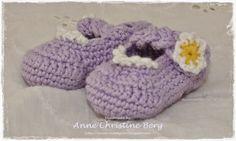 Crocheted shoes for my baby daughter :-) / Heklede sko til minstejenta mi :-)