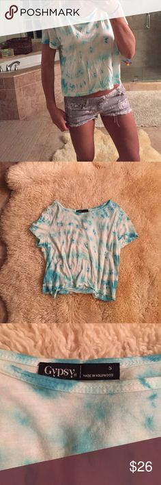 Nordstrom gypsy 05 tie dye semi crop tshirt  Flowy From Nordstrom - boho tiedye hippie tshirt by Gypsy - worn a couple of times- it's really cute but a tiny bit too big on me now - has a teal aqua blue tie-dye pattern and fits kinda flowy around the arms. I think it could fit an xs- large depending on how you wanted to wear it - it has breathing room. made in Hollywood CA USA Gypsy 05 Tops Tees - Short Sleeve