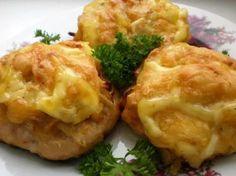 Romanian Food, Russian Recipes, Vegetable Recipes, Food Dishes, Baked Potato, Mashed Potatoes, Cauliflower, Good Food, Bacon