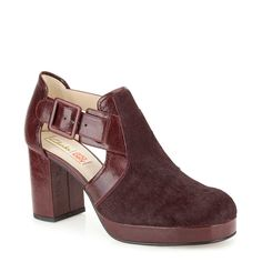 Orla Dilly in Ox Blood Leather
