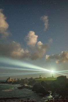 Ouessant island {by Philippe MANGUIN} - source