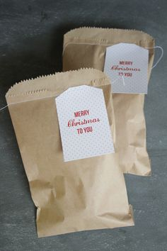 quick christmas gifting...fill w/ lemon shortbread cookies