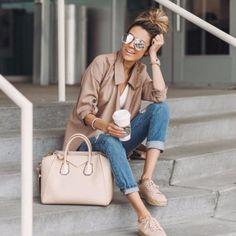 Vous connaissez les #sneakerdrilles ? Vous n'allez bientôt plus pouvoir vous en passer ! On vous en parle dans notre radar mode #18 sur ELLE.fr#RadarMode #CarnetdeMode  via ELLE FRANCE MAGAZINE OFFICIAL INSTAGRAM - Fashion Campaigns  Haute Couture  Advertising  Editorial Photography  Magazine Cover Designs  Supermodels  Runway Models
