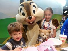 Chip 'N' Dale's Harvest Feast - Garden Grill Character Dining | Home is Where the Mouse is