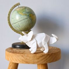 Mini veilleuse LED Triceratop blanc