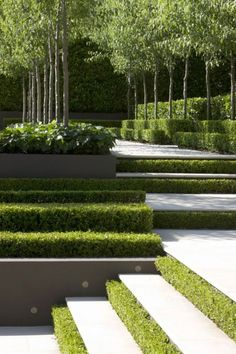 Inexpensive Ideas For Creating Your Perfect Garden Modern Garden Design. Find ideas and inspiration for Modern Garden Design to add to your own home. Find ideas and inspiration for Modern Garden Design to add to your own home. Modern Landscape Design, Garden Landscape Design, Modern Landscaping, Contemporary Landscape, Backyard Landscaping, Landscaping Design, Backyard Ideas, Modern Design, Contemporary Office