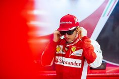 RT @ScuderiaFerrari: #Kimi7 before Q1 / Kimi prima di Q1 #BahGP #redseason