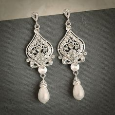 Original Design by Glamorous Bijoux® Item is SWAROVSKI CRYSTALLIZED™ (Made w…