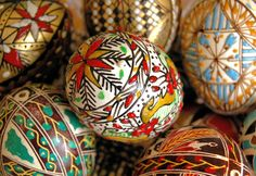Beautifully Painted Easter Eggs from Romania
