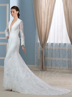 Lovely Wedding Dresses with Back Out Check more at http://svesty.com/wedding-dresses-with-back-out/