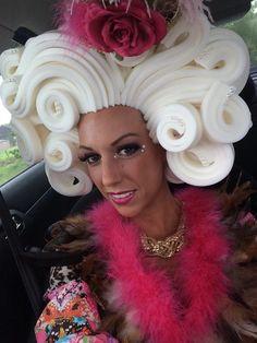 Best 11 Foam wig Model: Jessica made by www.- Best 11 Foam wig Model: Jessica made by www.Com Best 11 Foam wig Model: Jessica made by www. Costume Wigs, Costume Makeup, Diy Halloween Costumes, Halloween Makeup, Headdress, Headpiece, Jessica Rabbit Costume, How To Make Foam, Foam Wigs