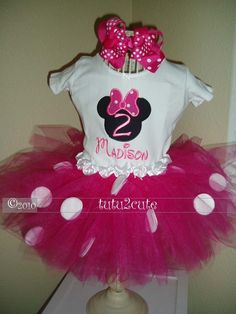 Disney Minni Mouse Boutique Tutu Outfit pink and by tutu2cute this might have to bought for the first birthday!