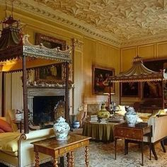 soanebritain: The magical drawing room at Stanway in the Cotswolds with the marvellous Chinese Chippendale daybeds