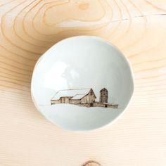 wood grain round dish