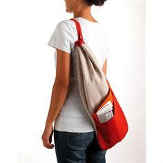 Sac à pain 4/5 -- En bandoulière, avec le journal dans une poche... Diy Accessoires, Yoga Bag, Boss, Barbie, Pajamas, Journal, Purses, Sewing, Clothes