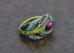 RACHAEL!!!! So cute!  peacock ring!