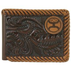 HOOEY SIGNATURE BI-FOLD WALLET, DRK BRWN TOOLING AND LGT BRN WHIP STITCHING ON EDGS W/ PATCH LOGO, FRT PCKT BIFOLD, 3 OPN SLIT PCKTS, 6 CC SLOTS, AND 1 LIC HLDR