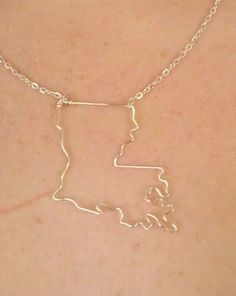 Louisiana necklace...WANT.