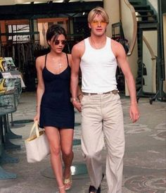 Victoria And David, David And Victoria Beckham, Victoria Beckham Style, Queen Victoria, Men's Fashion, 2000s Fashion, Fashion Outfits, Dolly Fashion, Fashion Couple