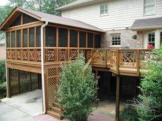Ограждения террас и балконов из дерева: видео-урок по монтажу своими руками, фото, цена