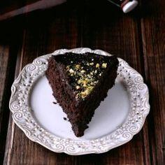 chocolate cake (with translator)