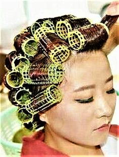 (notitle) Sure, the bushy perms of the might be out of vogue, but there are teemingness (generic Permed Hairstyles, Modern Hairstyles, Sleep In Hair Rollers, Using A Curling Wand, Getting A Perm, Really Long Hair, Bobe, Air Dry Hair, Hair Setting