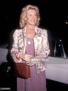 elizabeth montgomery | Elizabeth Montgomery Stock Photos and Pictures | Getty Images