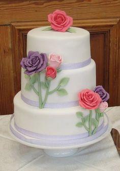 Country Rose Wedding Cake