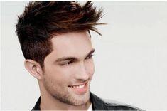taglio capelli corti con ciuffo latelare