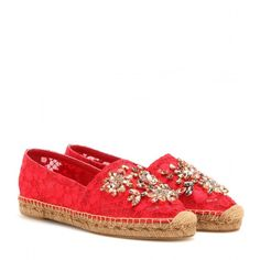 Dolce & Gabbana Crystal-Embellished Lace Espadrilles (13 460 ZAR) ❤ liked on Polyvore featuring shoes, sandals, red, red sandals, lacy shoes, red shoes, dolce&gabbana and red lace shoes