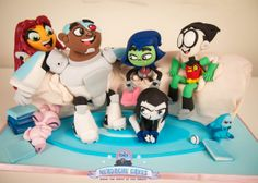 Teen Titans burrito couch cake, these are the best fondant characters I have seen!  Great work!