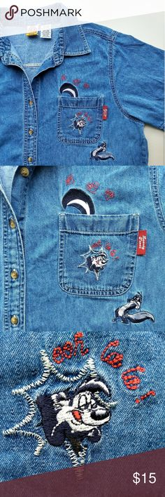 Vintage Looney Tunes Pepe Le Pew Denim Shirt If a red dress with a sweetheart neckline isn't your thing or you're just looking for something different to wear this Valentine's Day this may be the perfect shirt for you! This vintage Looney Tunes denim short sleeve button down shirt features fun pocket embroidery details that celebrate one of the greatest unrequited love stories of all time. Pepe Le Pew! Penelope Pussycat! Ooh La La!   Buy Now! Make an Offer! Add to Bundle!  Th-th-th-that's…