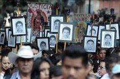 Papa invita a padres de 43 desaparecidos a misa, pero no se reunirá con ellos