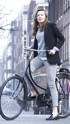 Joanna - Only Blazer, Guess? Pants, Zara Shoes, New Yorker Sweatshirt - Get on the bike