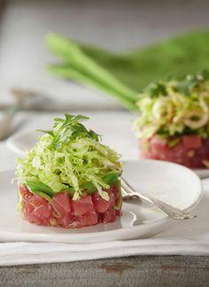<p>Esta es una receta sencilla, ideal para aquellos que disfrutan del sabor del pescado crudo. El aderezo de jengibre le aporta un aroma y sabor fuerte que hace de este un plato exquisito.</p>