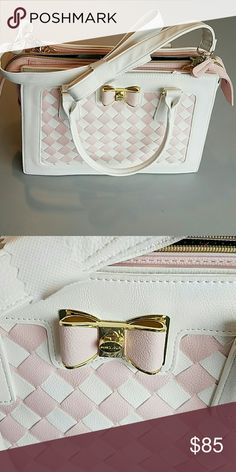 BETSEY Johnson Purse NWT Authentic Spring 2017 Betsey Johnson Bags