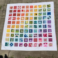 And here she is, my Tula Pink City Sampler quilt. All the print fabrics are from Tula Pink. Every collection, (even a tiny bit of Chipper) is in the quilt. Such a happy quilt. #tulapink #tulatroops #citysampler #tulaonlytula100 #tula100