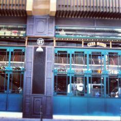 Casa Mono. Calle Tutor 37.