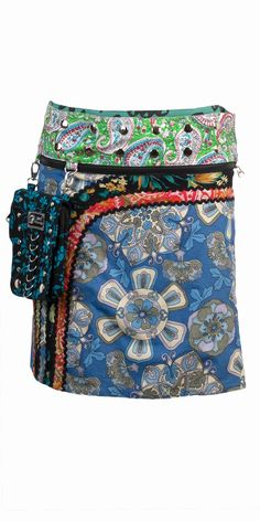 Handmade fair trade skirts that come with detachable accessory pouches! They're also reversible and come with a zip-off band so that you can wear 1 skirt 4 different ways! Zand Amsterdam Nicole Long Blue