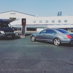 What Is The Bow Wow Challenge?  The Bow Wow Challenge broke the Internet after the rapper lied about traveling private to New York. He posted the following picture of a private jet but then a fan took a picture of the rapper on a commercial flight. While artists like Beyonce break the Internet for all the right reasons social media loves clowning Bow Wow.   Bow Wow has officially become Soulja Boy on social media. The rapper whose real name is Shad Mossgained fame at an early age. He doesn't…