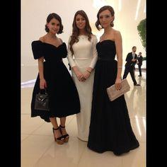 Miroslava Duma - the neckline on that dress is fabulous.