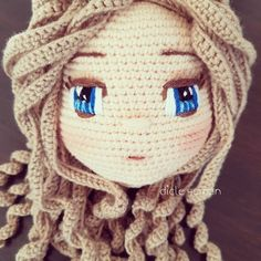 Today's IG love is from dicle. No pattern, just crochet amigurumi inspo. Check out that amazing embroidery on her eyes. You can find me on IG here. Crochet Doll Pattern, Crochet Patterns Amigurumi, Amigurumi Doll, Crochet Eyes, Love Crochet, Knit Crochet, Knitted Dolls, Crochet Dolls, Crochet Disney