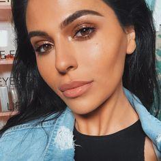 wet glossy eyeshadow look, brown eyeshadow #makeup