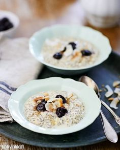 Discover recipes, home ideas, style inspiration and other ideas to try. Oats Recipes, Cooking Recipes, Healthy Recipes, Recipies, My Favorite Food, Favorite Recipes, Gluten Free Breakfasts, Overnight Oats, Love Food