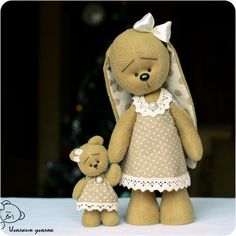 Animales de juguete, hecho a mano.  Masters Feria - hechos a mano Conejito Zoe and Bear Mania.  Hecho a mano.
