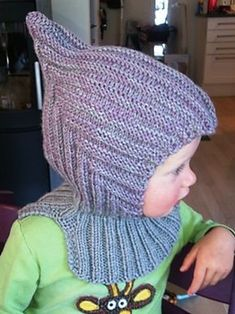 Ravelry: Eventyrlue med hals pattern by Handmade by Mona Baby Hat Knitting Pattern, Baby Hats Knitting, Knitting For Kids, Crochet For Kids, Diy Crochet, Sewing For Kids, Knitting Patterns Free, Knitting Projects, Crochet Baby