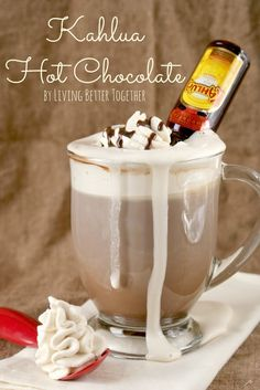 Kahlua Hot Chocolate | Boozy Fall Drinks You've Got to Try | http://www.hercampus.com/school/app-state/boozy-fall-drinks-youve-got-try