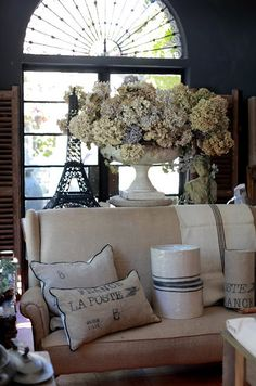 la Brocanteuse: French at Vintage